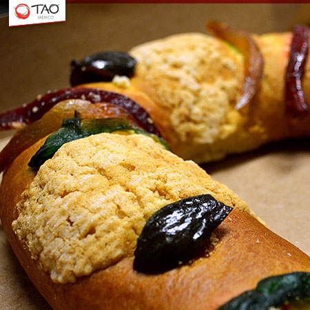 Three Kings Bread: Rosca de Reyes